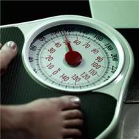 Eating 500 fewer calories x 7 days = 3,500 calories less.